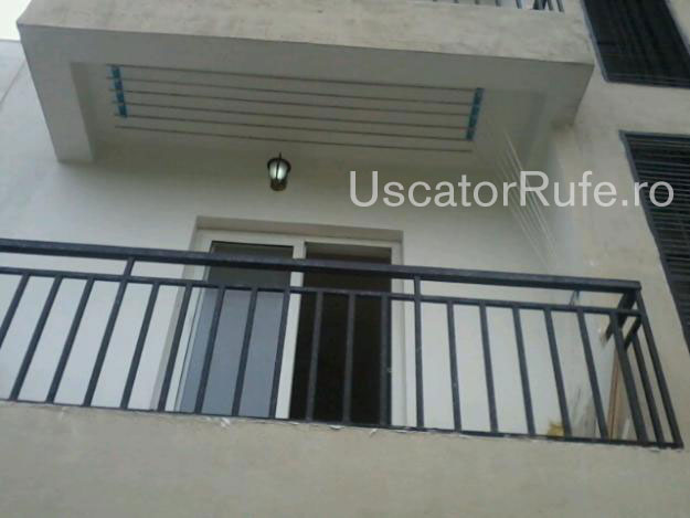 uscator montat in balcon2